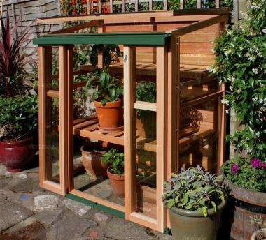Mini lean to wooden greenhouse - How to build a wooden greenhouse ...